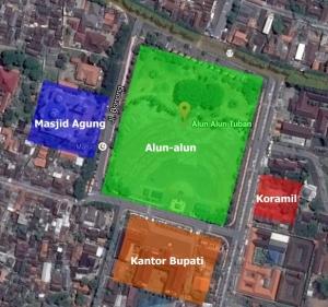 Alun-alun Kab Tuban. Bila berjalan terus melalui jalan di sebelah utara sejauh 200 meter, akan bertemu dengan Laut Jawa
